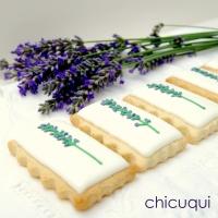Flores de lavanda, en galletas decoradas sin gluten