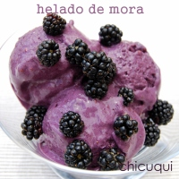 Helado de moras con yogur