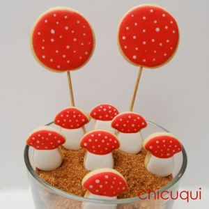 Seta amanita muscaria en galletas decoradas