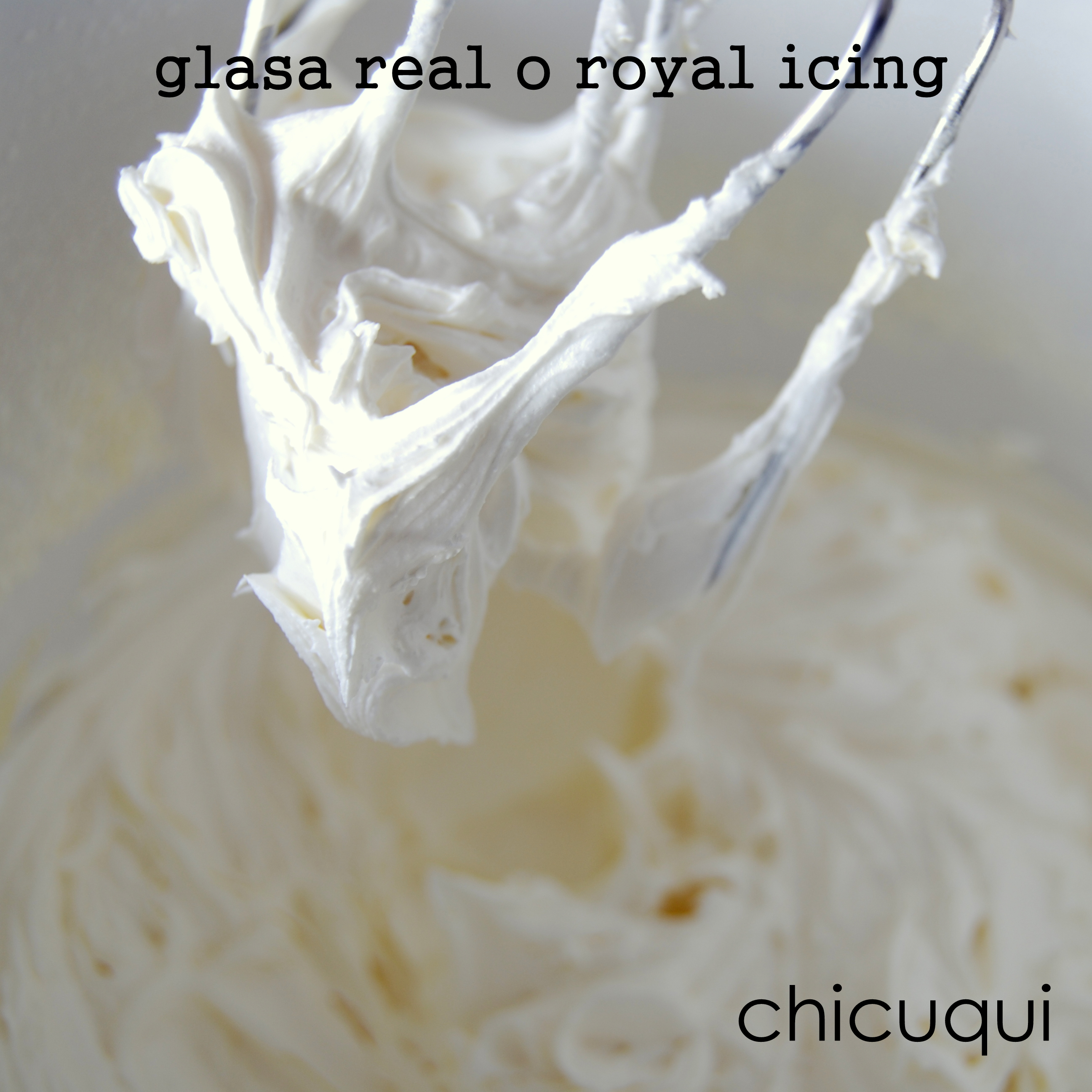 Glasa real o royal icing
