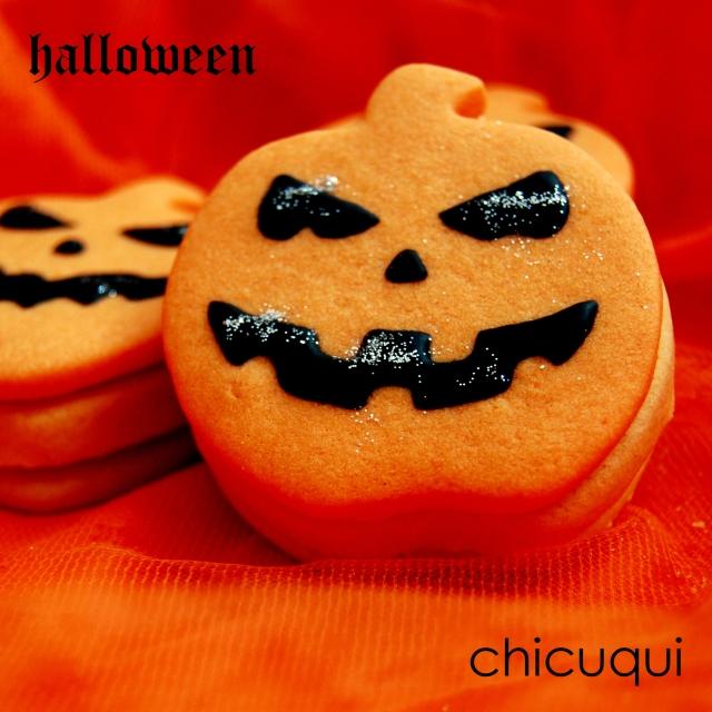 Galletas decoradas para Halloween calabazas pumpkin decorated cookies chicuqui.com